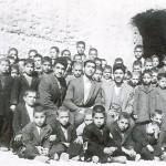 عکس قدیمی دانش آموزان ومعلمین مدرسه استیجاری روستای سلیمانی درسال 1341