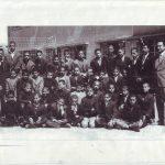 معلمین و دانش آموزان ششم ابتدایی دبستان کمال الملک سال 1346